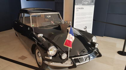 inauguration exposition voiture musée Jacques Chirac